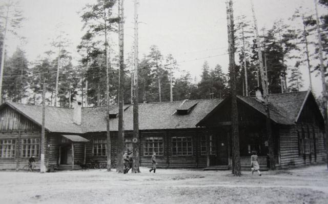 Офицерская столовая в жилом городке в/ч 68586